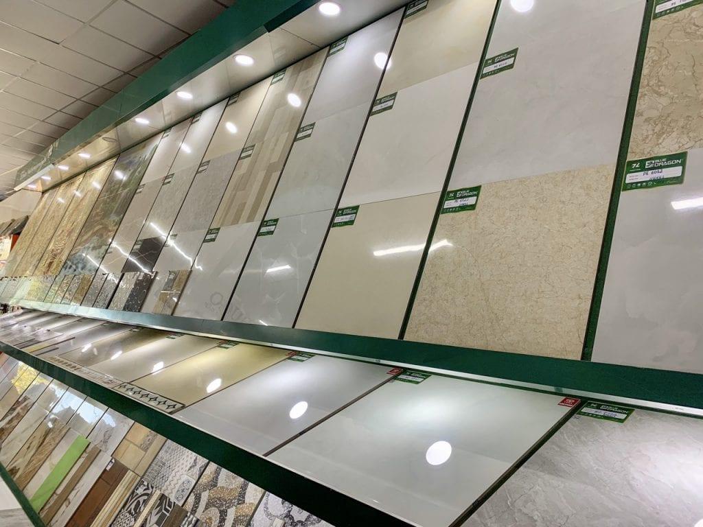 Gạch lát nền đẹp giá tốt tại showroom Hoà Phát